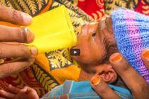 4A - Nutrire il tuo bambino con un bicchierino